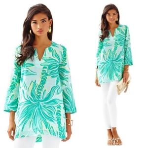 Lilly Pulitzer Tops - Lilly Pulitzer Green Linen Tunic